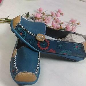Shoes - Moccasins ballet flats women's size 8